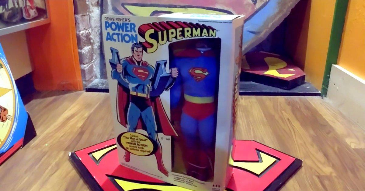 QvYFA 1602258329 15887 list items cc superman poweraction - Conoce la colección de Superman de Morgan Hambrick