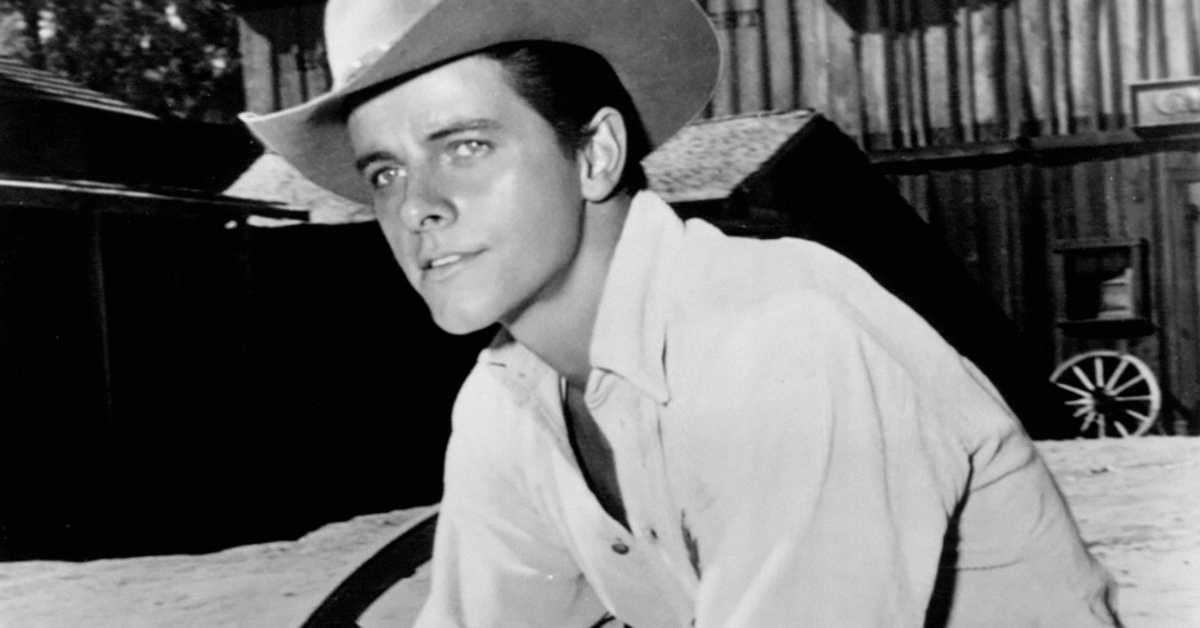 PETER BROWN, STAR OF 'LAWMAN,' 'LAREDO' AND SOAPS
