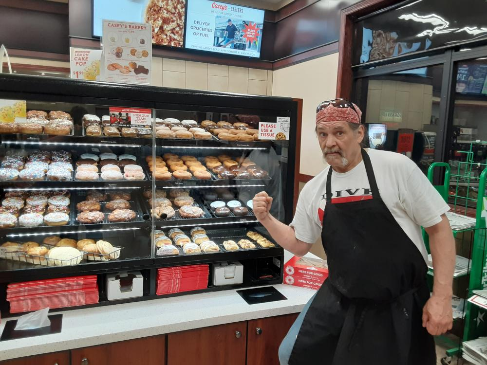 Hello, my name is Jeff, I am 60 years old and a huge fan, I make the doughnuts at our store, working over nights to put smiles on our customers faces. Sometimes I miss your show as for my hours very from time to time, I love cartoons on metv