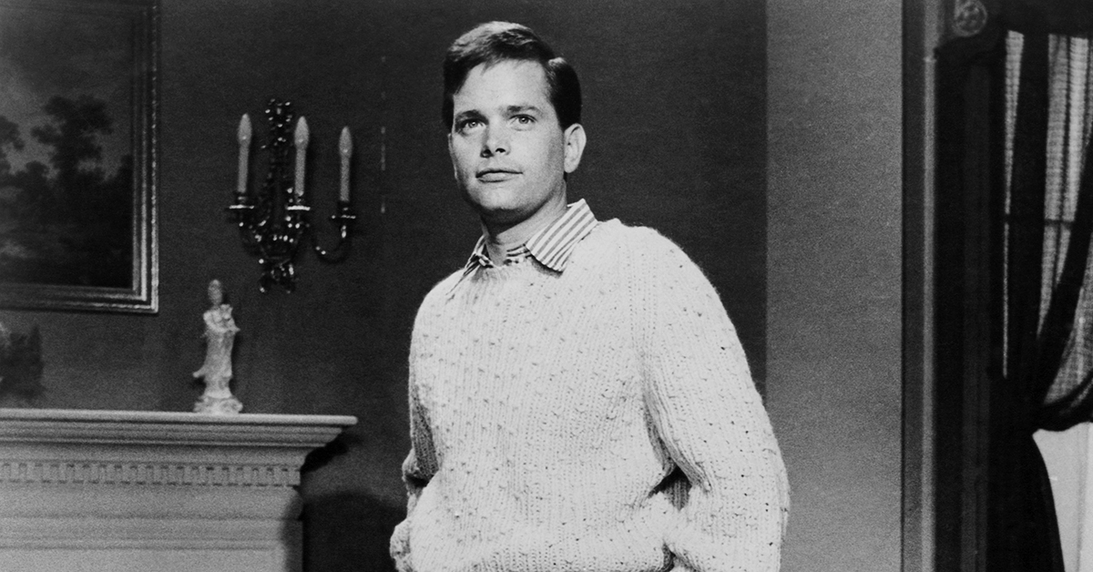 EDDIE APPLEGATE OF 'THE PATTY DUKE SHOW'