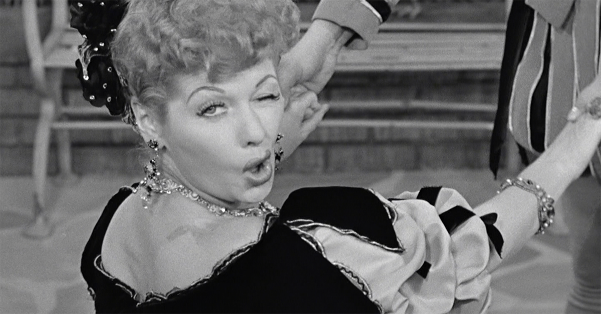 12 Tiny Little Goofs You Never Noticed In I Love Lucy